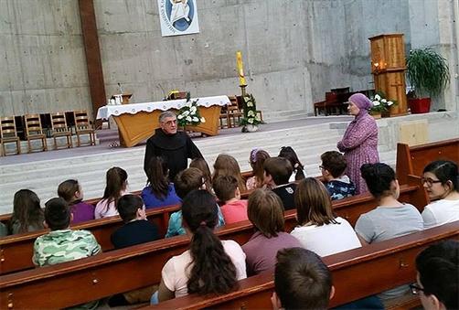 ucenici-u-crkvama1